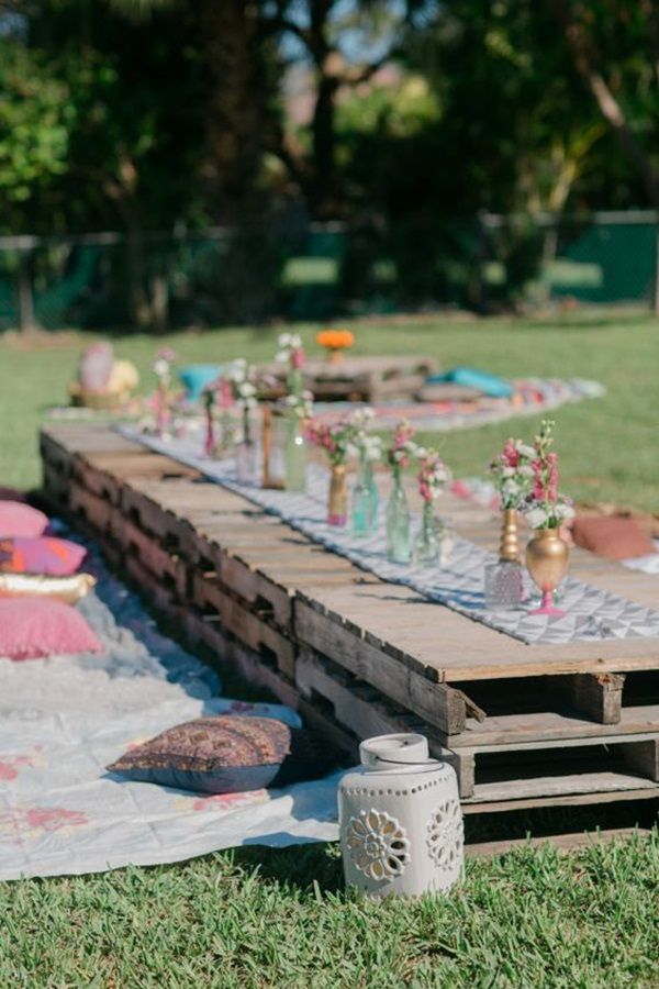 Backyard party decor and hacks 61