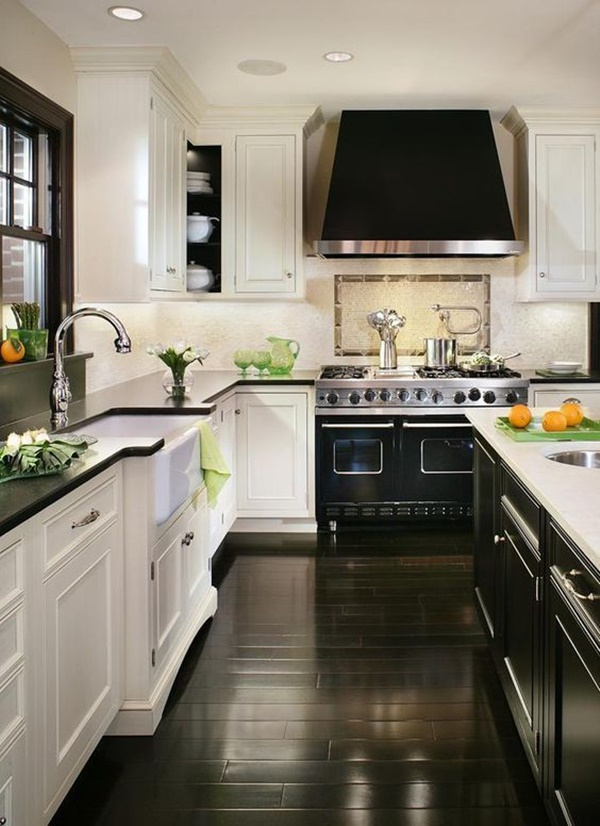Black & White Kitchen