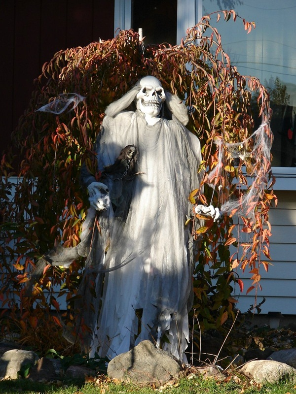 halloween indoor and outdoor decoration ideas56