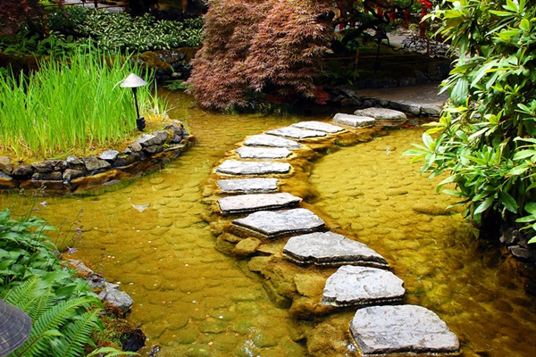 garden-pathway-ideas-and-designs71